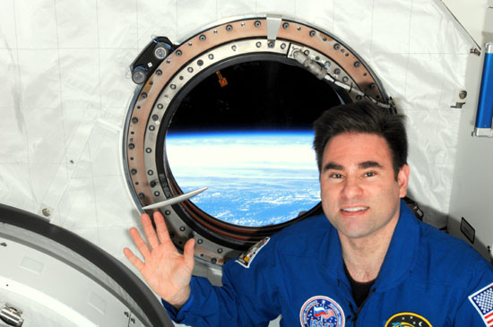Astronaut Greg Chamitoff and the Apollo Mezuzah in space