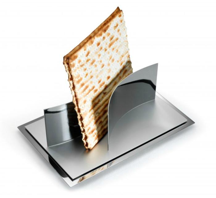 Modular Magnetic Matzah Plate - modern Judaica by Laura Cowan